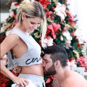 Gusttavo Lima beija barriga da mulher, Andressa Suita, grávida: 'Vem, neném'
