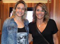 Fernanda Gentil e a mãe vão a show no Rio e semelhança chama atenção. Fotos!