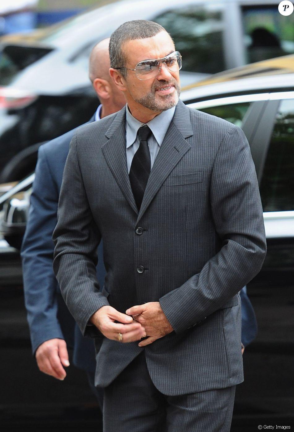 George Michael morreu de insuficiência cardíaca aos 53 anos