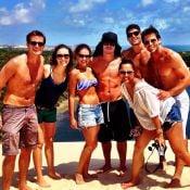 Paloma Bernardi, Thiago Martins, Henri Castelli e famosos curtem praia em Natal
