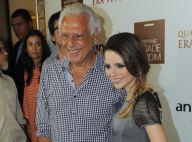 Sandy posa ao lado de Antonio Fagundes na pré-estreia de 'Quando Eu Era Vivo'