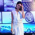Sophie Charlotte apostou também nos cabelos soltos em evento de lançamento de carro de luxo