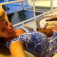 Ana Hickmann, grávida de nove meses, exibe o barrigão de nove de meses em campanha publicitária, em 31 de janeiro de 2014