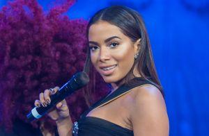 Anitta aparece com os cabelos lilás e fãs comparam: 'Estilo Ludmilla'. Veja foto