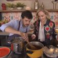 """Jayme Matarazzo já mostrou no """"Estrelas"""" que é bom de cozinha, já casou, agora só falta o filho, para completar"""