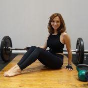 Vídeo: veja treino de levantamento de peso de Lorena Comparato, de 'Rock Story'