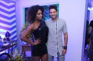 Ex-BBB Luiz Felipe, Carla Prata e namorado curtem festa de Adriana Bombom. Fotos
