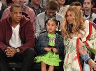 Grávida de gêmeos, Beyoncé leva a filha, Blue Ivy, para jogo de basquete. Fotos!