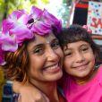 Camila Pitanga levou a filha, Antonia, ao bloco de rua infantil  Sá Pereira, em 18 de fevereiro de 2017
