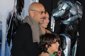Diretor José Padilha lança remake de 'RoboCop' ao lado da família, em Hollywood