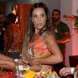 Scheila Carvalho deixou os braços musculosos em evidência em foto