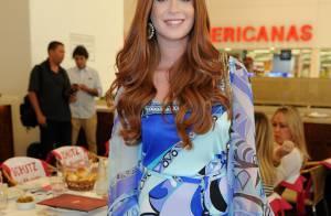 Marina Ruy Barbosa aposta em vestido curto para ir a evento em São Paulo
