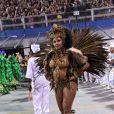 Camila é rainha de bateria da escola de samba paulistana