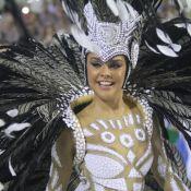 Paloma Bernardi abusa na transparência na Grande Rio. 'Um quê de que estou nua'