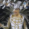 Rainha de bateria da Grande Rio, Paloma Bernardi  desfilou com uma fantasia comportada do estilista Michely X  neste domingo, 26 de fevereiro de 2017