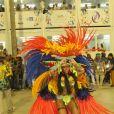 Raissa, rainha da Beija-Flor, surgiu como uma índia na Sapucaí