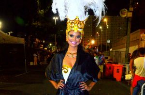 Aline Dias, ao lado do namorado no Carnaval, admite ciúme: 'Sem exagero'. Vídeo!