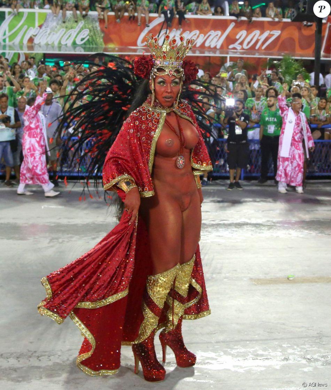 Girl. sexo no carnaval still