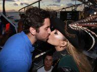 Claudia Leitte ganha beijo do marido e exibe novo visual com dreads. Veja fotos!