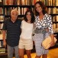Luis Gustavo apareceu no lançamento do livro de Boni no dia 10 de dezembro de 2013 depois que saiu hospital; ator já está recuperado, informou Cris Botelho, mulher do veterano