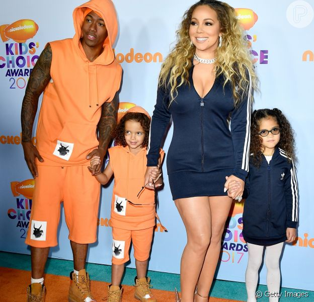 Mariah Carey levou a família para o Kids' Choice Awards, realizado neste sábado, 11 de março de 2017