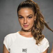Isis Valverde se descobriu feminista após fala da mãe: 'Pena que nasceu mulher'