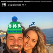 Ex de Neymar, Carol Dantas posa em clima de romance com chef após assumir namoro