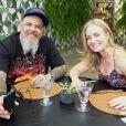 Angélica recebeu o apresentador João Gordo no 'Estrelas' e  falou sobre hábitos alimentares