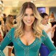 Ex-BBB Adriana Sant'Anna mostrou nariz trinta dias após rinoplastia