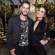 Os ex-BBBs Eliéser e Kamilla Salgado marcaram presença na festa de Biel