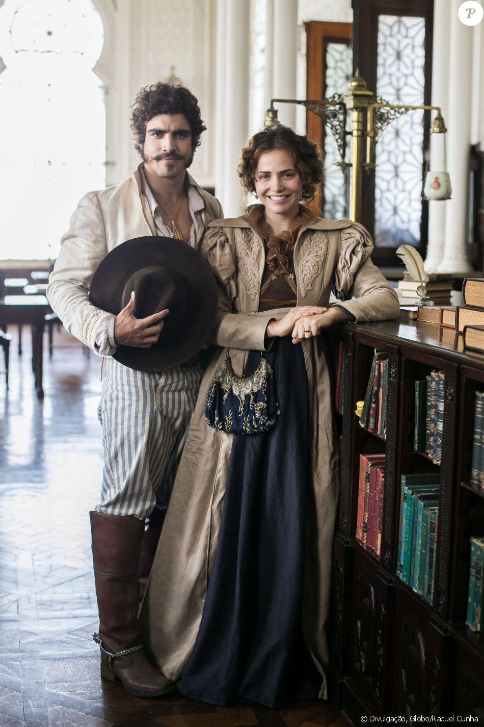 Caio Castro celebra parceria com Letícia Collin na novela 'Novo Mundo':  'Muito talentosa' - Purepeople