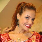 Paloma Bernardi diz que perdeu 3 kg em preparação para Carnaval: 'Mais definida'