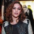 No evento da marca John John, Bruna Marquezine  reclamou da fiscalização que as famosas sofrem para não repetirem look: '  Isso de criticarem quando você repete roupa acho uma baboseira'