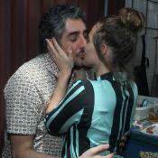 Fotos: Letícia Colin beija o namorado e repete look de Maria João em festa
