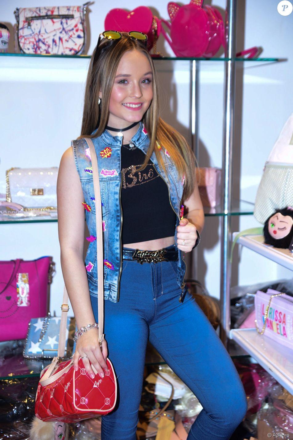 Maejor, rapper e um dos melhores amigos de Justin Bieber, convidou a atriz  para uma festa f8c4bf8772