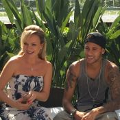 Neymar posa com filho de Eliana em treino: 'Realizou o sonho do meu pequeno'