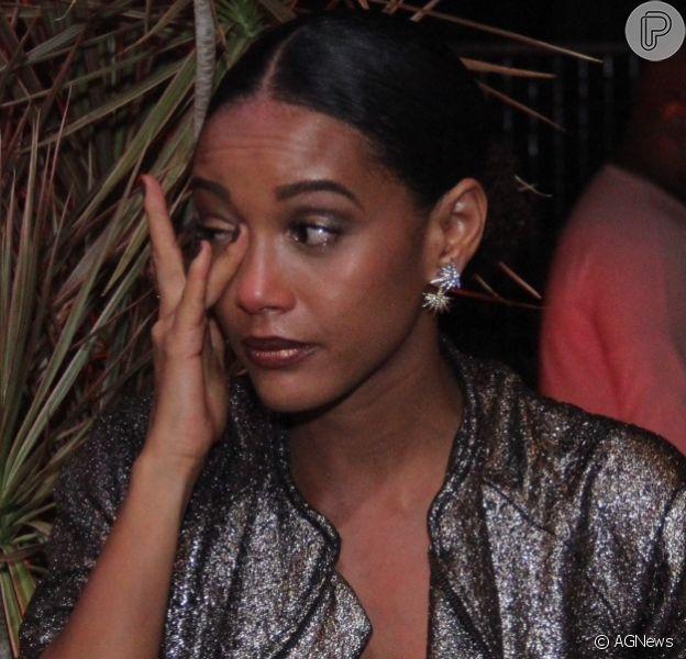 Taís Araújo, emocionada, chora em festa de lançamento de 'Mister Brau'