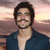 Caio Castro, de 'Novo Mundo', relembra sucesso em festas de 15 anos: 'Especial'