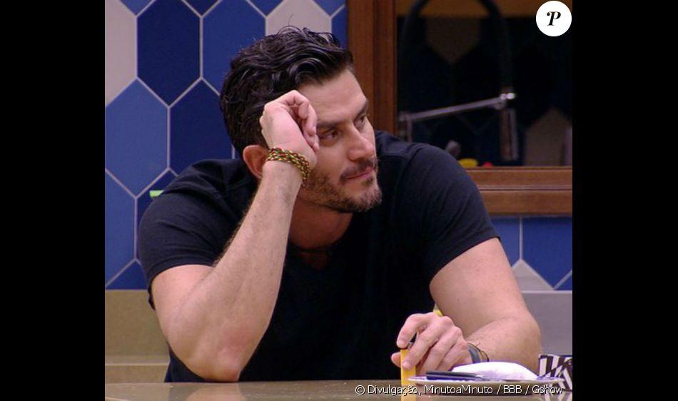 No 'BBB17',Marcos alfineta Globo após recorde de votos no Paredão contra Ilmar com 112,8 milhões de acessos