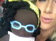 Giovanna Ewbank ganha boneca em homenagem à filha, Títi: 'Tô emocionada'. Vídeo!