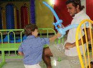 Felipe Simas e o filho, Joaquim, se divertem no aniversário do menino. Fotos!