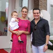 Thaís Pacholek e Belutti comemoram o 1º ano do filho, Luis Miguel, em SP