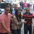 Emilly Araújo, campeã do 'BBB17', chegou acompanhada de três seguranças