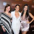 Guta Stresser posa com Danielle Winits e Letícia Lima