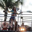 Alinne Rose fez na tarde desta terça-feira, 4 de março de 2014, seu último show com a banda Cheiro de Amor. Na despedida, a cantora contou com a presença de Caio Castro, Antonia Fontenelle e da ex-BBB Letícia em seu trio elétrico