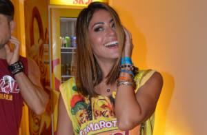 Após Carnaval em Salvador, Carol Castro completa 30 anos com novo visual