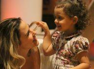 Filha de Guilhermina Guinle esbanja fofura em passeio com os pais. Fotos!