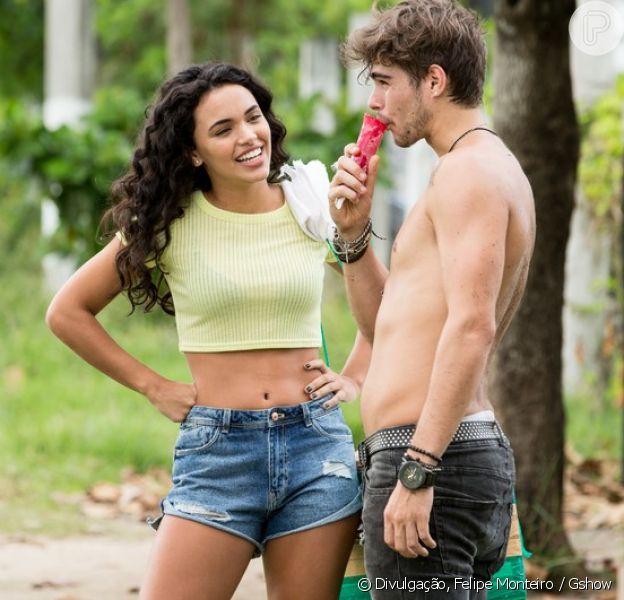 Giovana Cordeiro avalia chance de Stefany e Léo ficarem juntos na novela 'Rock Story': 'Eles estão bem próximos'