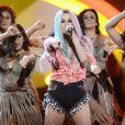 Ke$ha cantou na última edição do American Music Awards antes de se internar na reabilitação