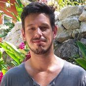 João Vicente de Castro avalia insistência no amor e ciúmes: 'Falta de educação'